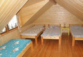 większy domek - sypialnia