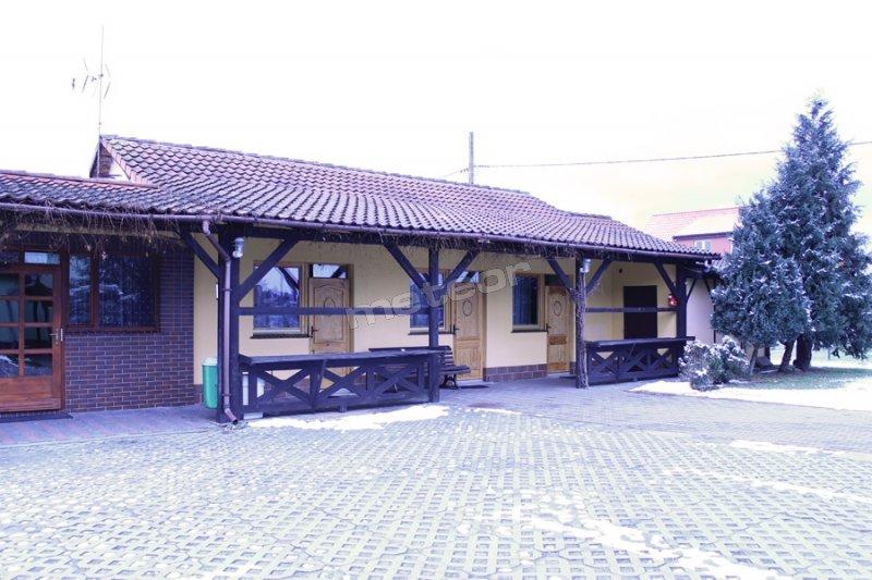 Hotel motel i zajazd u basi w otyniu for Motel one wellness