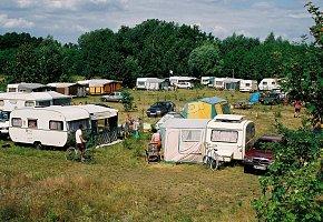 Pole campingowe.
