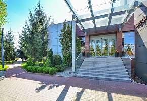 Hotel Ikar - główne wejście