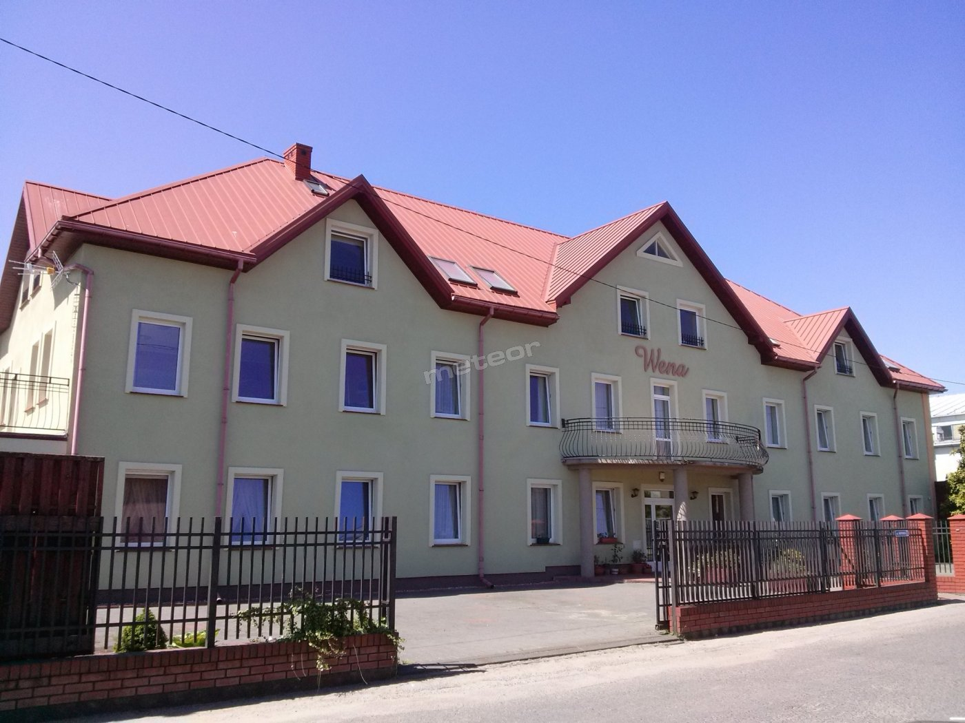 budynek - front
