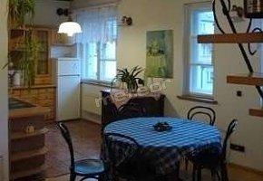 Przestronne mieszkanie z jadalnią