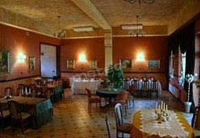 Pokoje Gościnne - Restauracja Jabłona