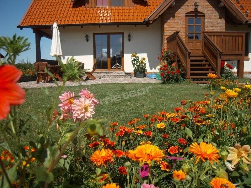 Chrosiówka - niezależne wejście dla gości od strony ogrodu