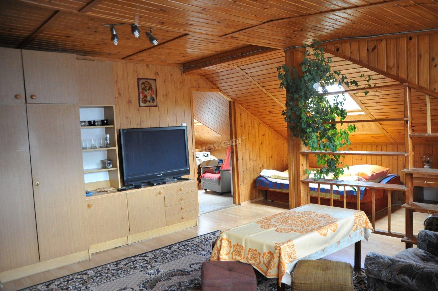 Pokój 4-osobowy z własną łazienką i aneksem kuchennym