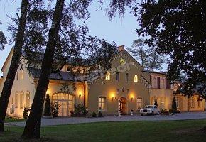 Zespół Pałacowo-Parkowy Hotel Dwór Boratyn