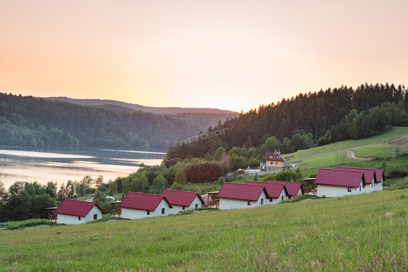 Widok z Domków na Zielonym Wzgórzu w Zawozie 4 osobowych