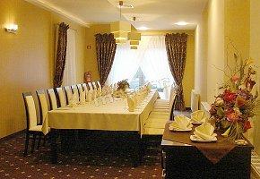 Hotel Dębina