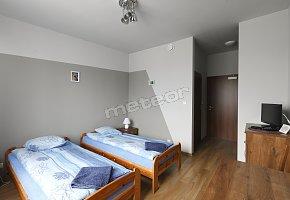 Pokój 2-osobowy z łazienką i TV