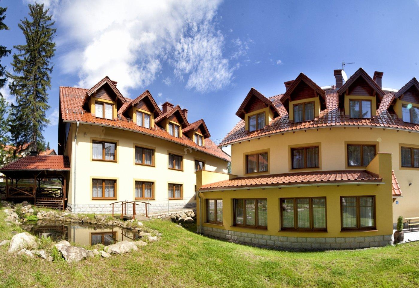 "Hotel ""Dobry Klimat"" - oczko wodne, chata grillowa"