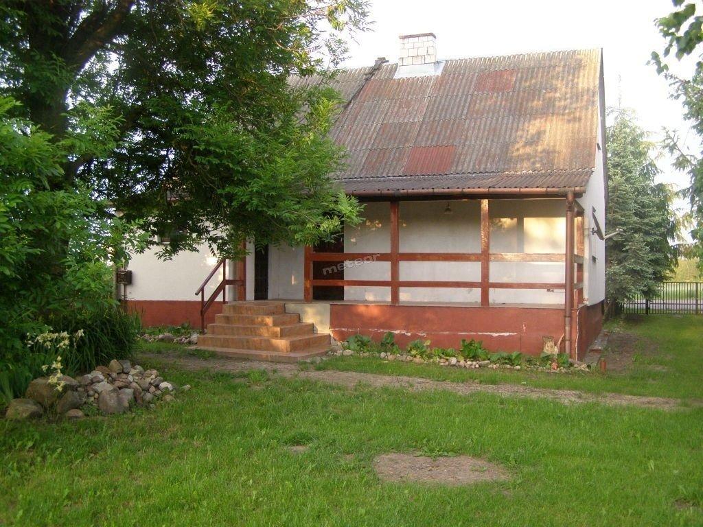 Babciny domek Klimki - wygląd od strony podwórka
