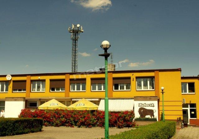 Bukacik - Restauracja i Noclegi