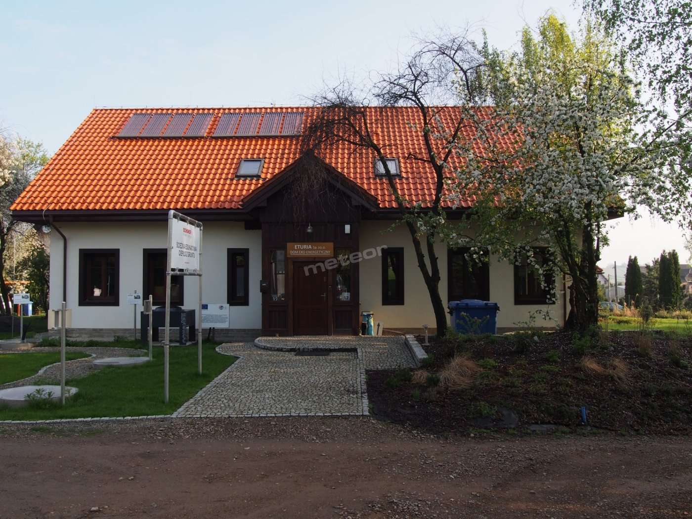 ekologiczny mini pensjonat od frontu