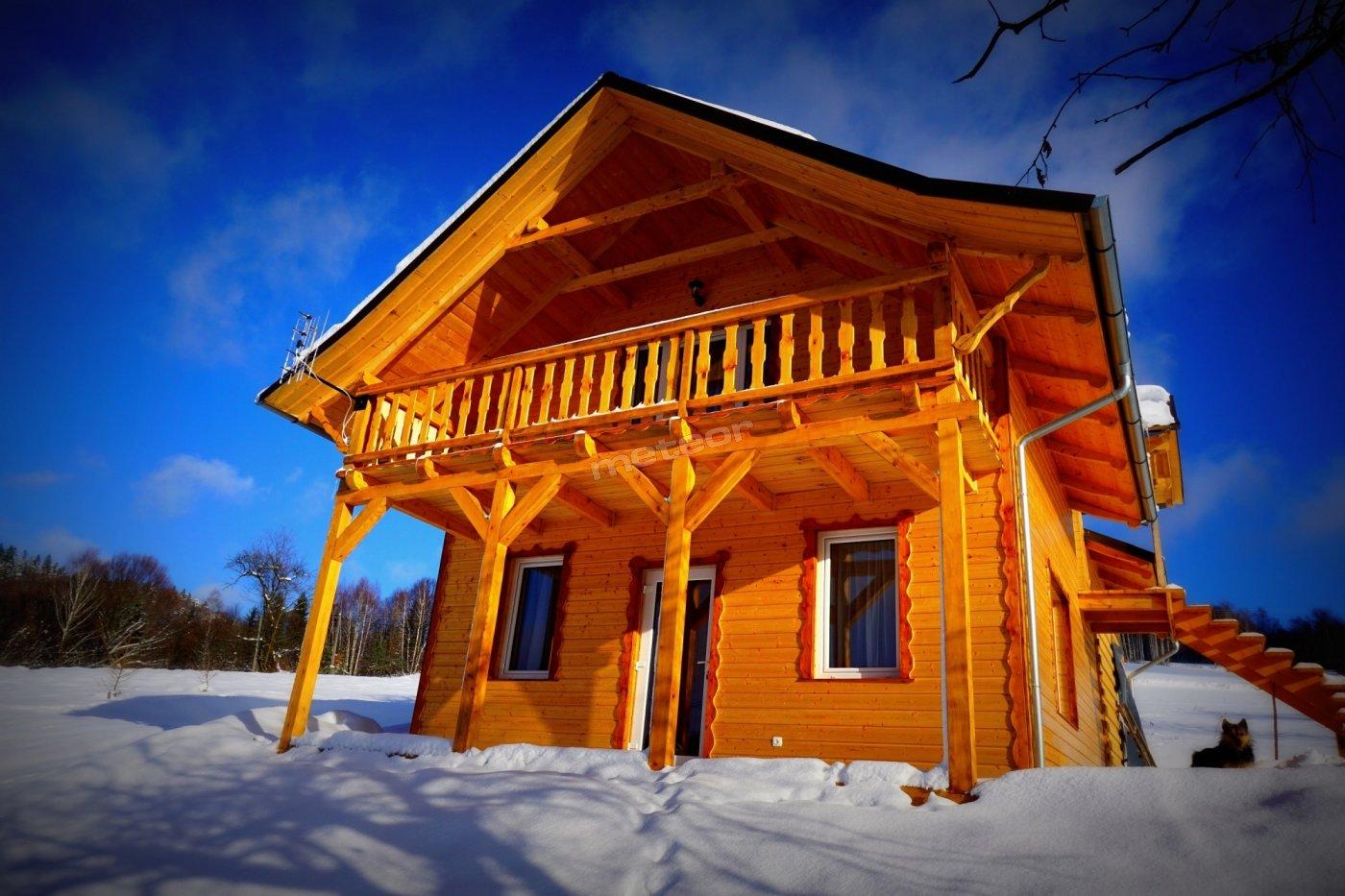 Bieszczadzki Dom zimą
