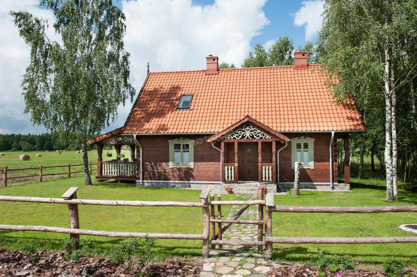 Dom widoczny od frontu