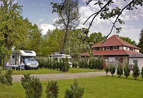 Dom Wycieczkowy i Camping